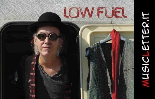 Low Fuel è il titolo del nuovo album di Gianmaria Simon. Guarda il video