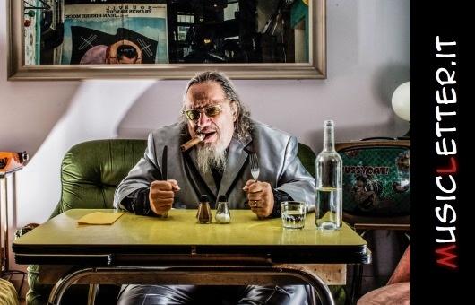 L'album di debutto del cantante, scrittore e attore newyorchese Larry Sloman