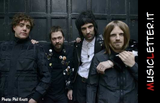 kasabian-by-phil-knott.jpg