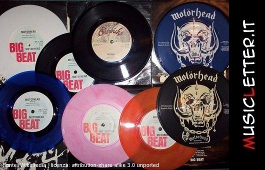 L'addio a Larry Wallis, la leggenda dei Motörhead.