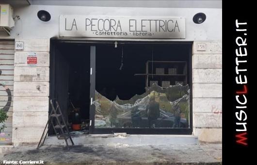 Solidarietà alla Pecora Elettrica, caffetteria-libreria antifascista