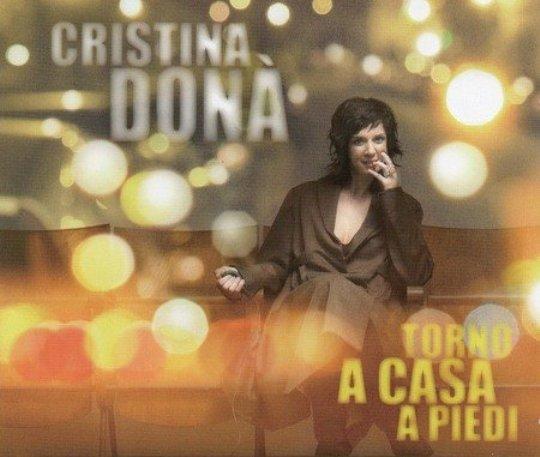cristina-dona-torno-a-casa-a-piedi-2011.jpg