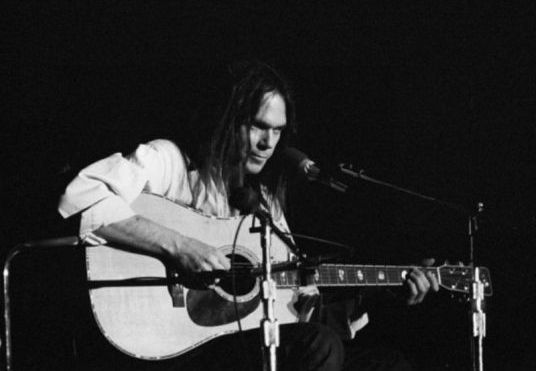 neil-young-old-man.jpg